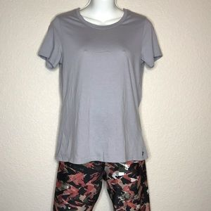 FABLETICS t shirt size XS with fish net side back